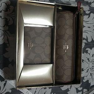 Coach gift set